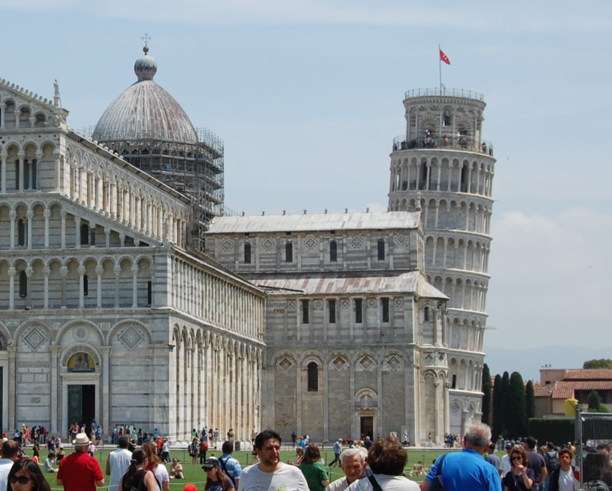 CLIMB TO THE TOP OF THE LEANING TOWER OF PISA!!