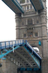 London Tower Bridge lifting